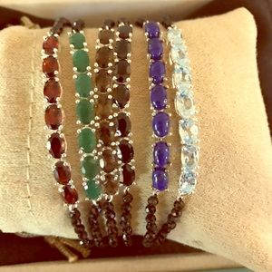 Jewelry - NWT Gemstone black spinel beads Bracelets.
